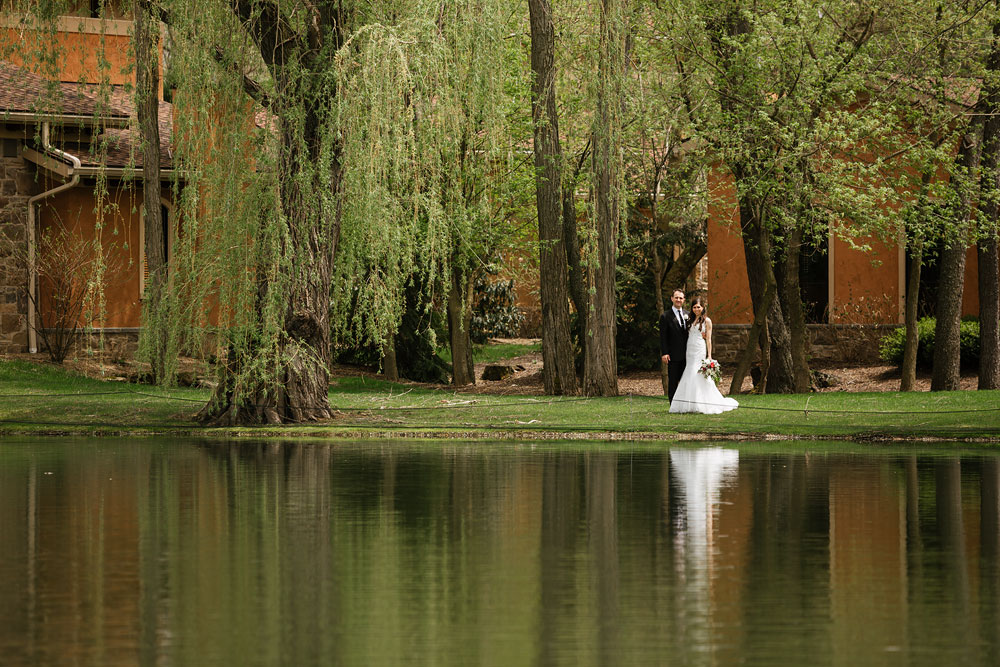 cleveland-wedding-photographers-gervasi-vineyard-canton-ohio-venue-49.jpg