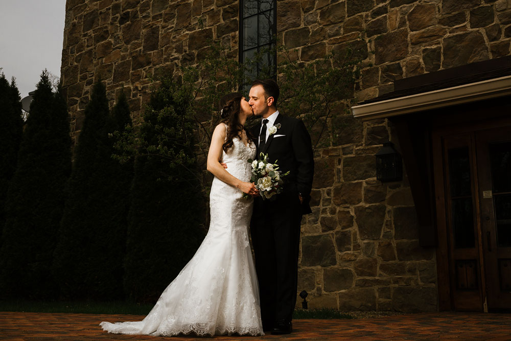 cleveland-wedding-photographers-gervasi-vineyard-canton-ohio-venue-59.jpg