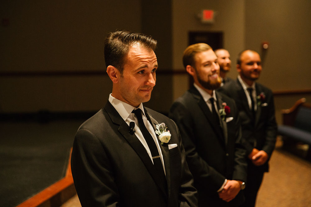 cleveland-wedding-photographers-gervasi-vineyard-canton-ohio-venue-71.jpg