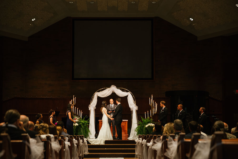 cleveland-wedding-photographers-gervasi-vineyard-canton-ohio-venue-75.jpg