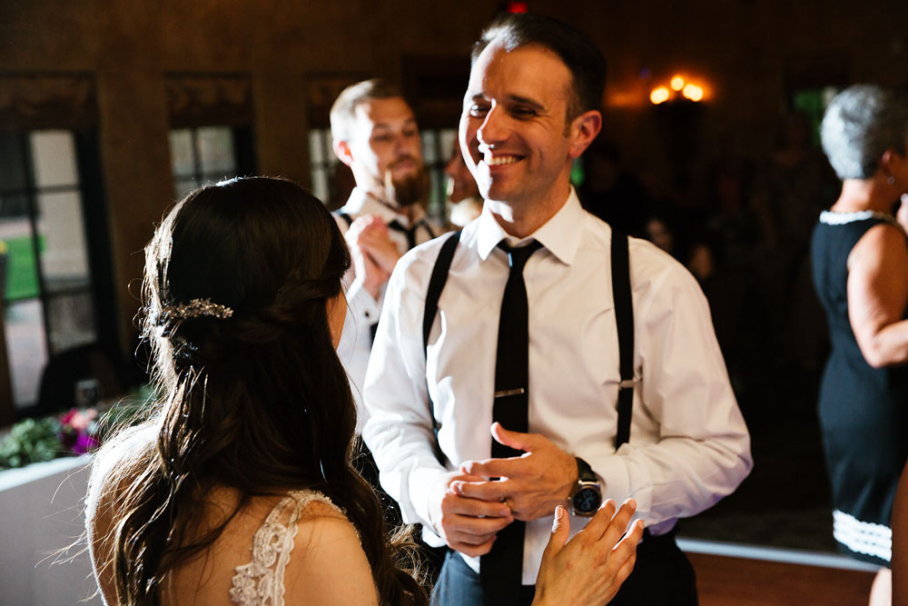 cleveland-wedding-photographers-gervasi-vineyard-canton-ohio-venue-107.jpg