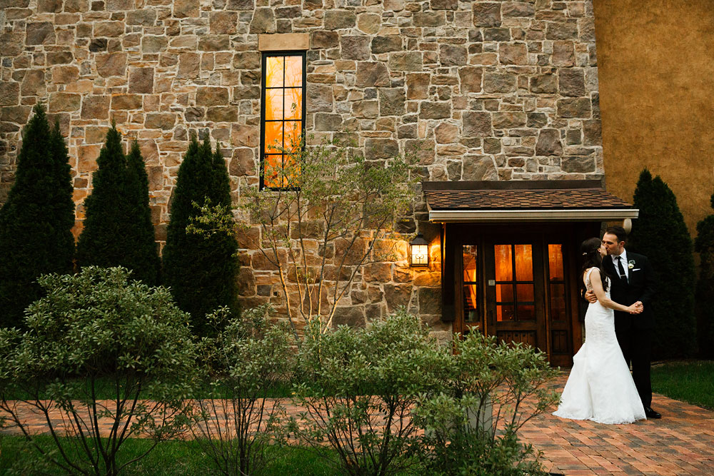 cleveland-wedding-photographers-gervasi-vineyard-canton-ohio-venue-115.jpg