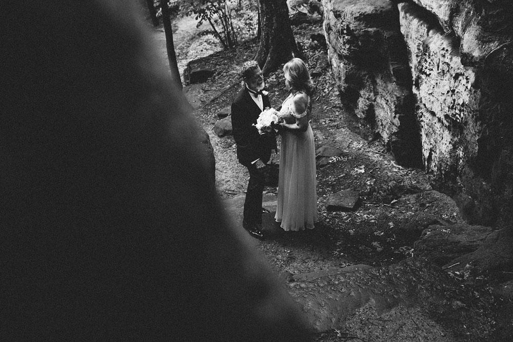 cuyahoga-valley-national-park-wedding-photographers-happy-days-lodge-peninsula-ohio-hudson-ohio-5.jpg