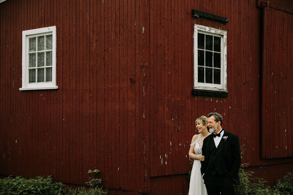 cuyahoga-valley-national-park-wedding-photographers-happy-days-lodge-peninsula-ohio-hudson-ohio-11.jpg