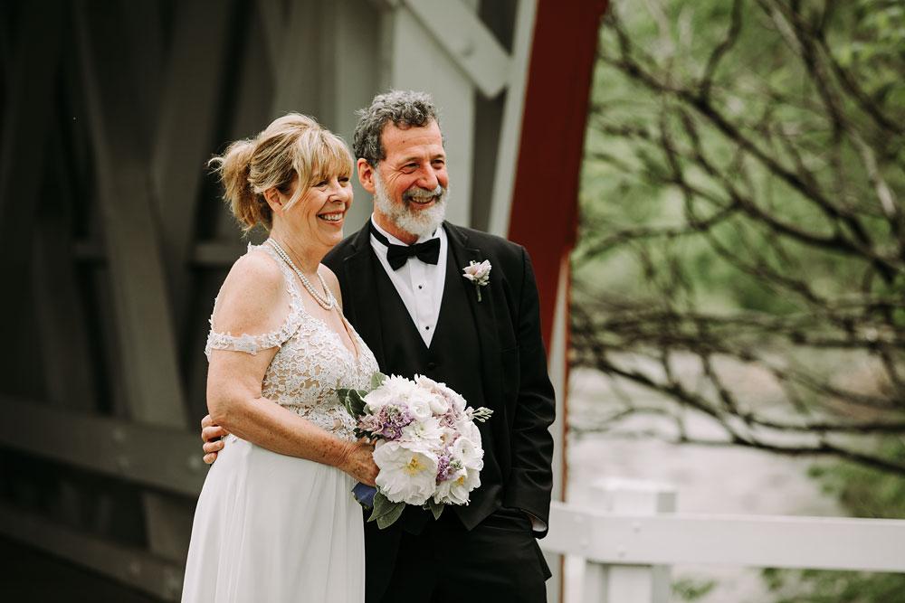 cuyahoga-valley-national-park-wedding-photographers-happy-days-lodge-peninsula-ohio-hudson-ohio-13.jpg