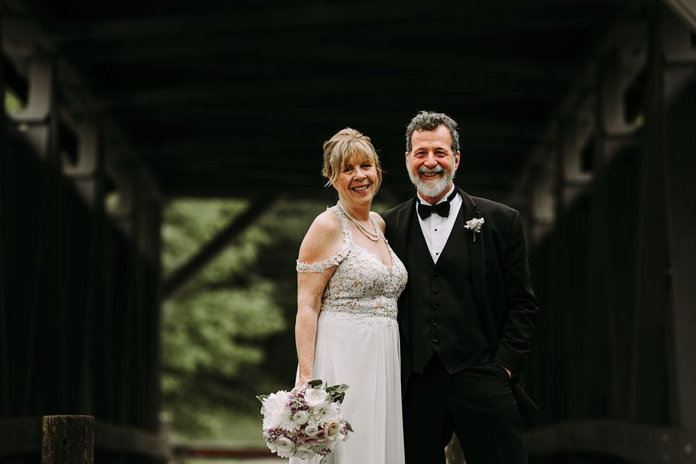 cuyahoga-valley-national-park-wedding-photographers-happy-days-lodge-peninsula-ohio-hudson-ohio-15.jpg