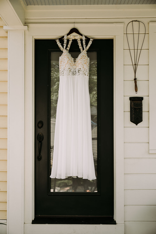 cuyahoga-valley-national-park-wedding-photographers-happy-days-lodge-peninsula-ohio-hudson-ohio-24.jpg