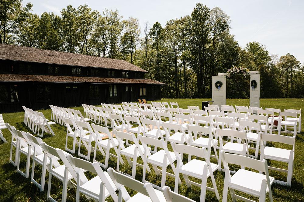 cuyahoga-valley-national-park-wedding-photographers-happy-days-lodge-peninsula-ohio-hudson-ohio-57.jpg