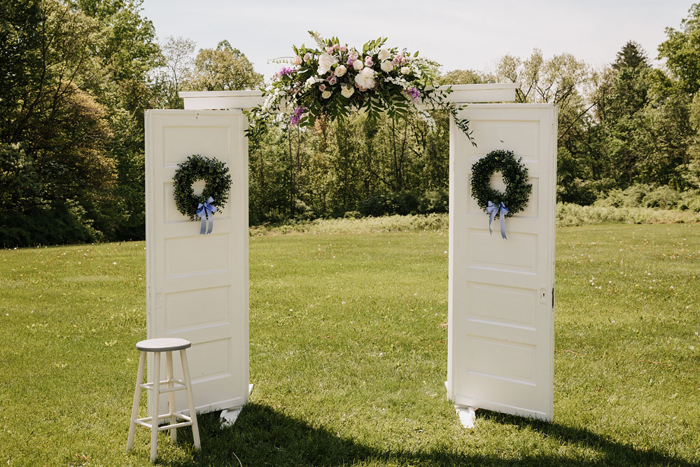 cuyahoga-valley-national-park-wedding-photographers-happy-days-lodge-peninsula-ohio-hudson-ohio-58.jpg
