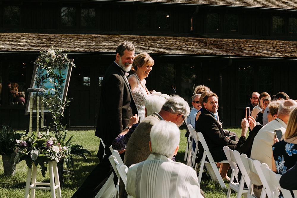 cuyahoga-valley-national-park-wedding-photographers-happy-days-lodge-peninsula-ohio-hudson-ohio-62.jpg