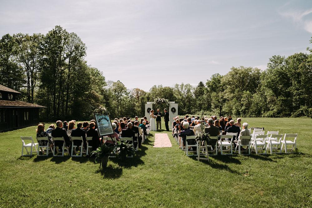 cuyahoga-valley-national-park-wedding-photographers-happy-days-lodge-peninsula-ohio-hudson-ohio-63.jpg