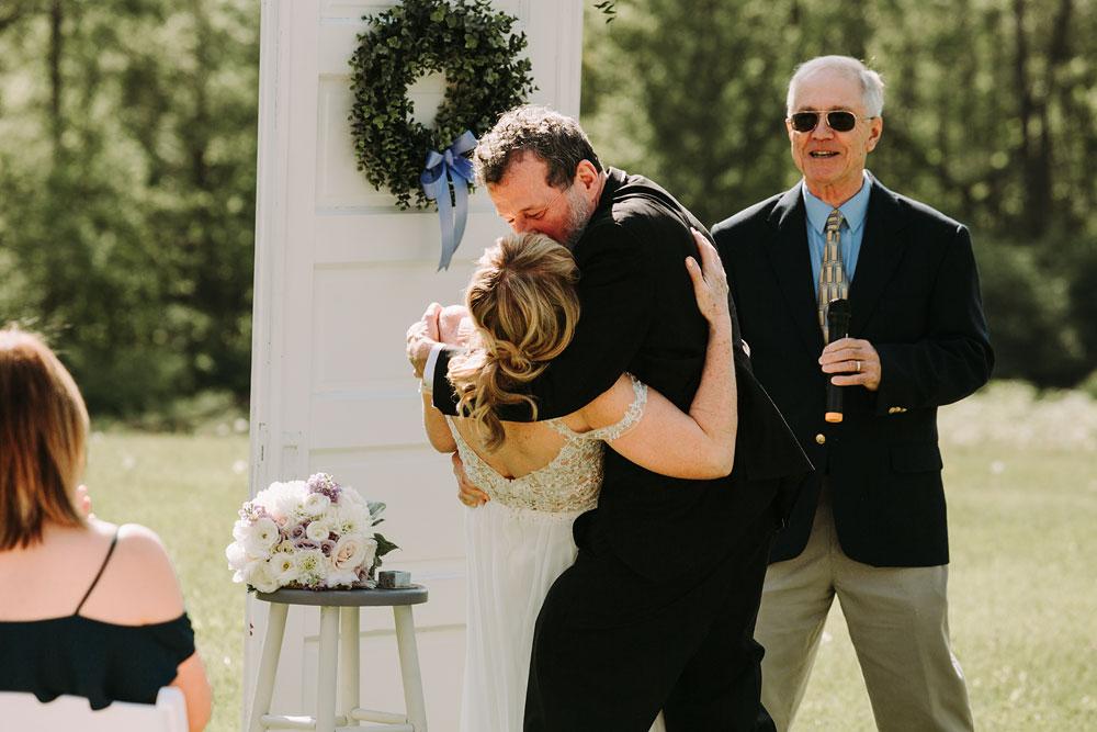 cuyahoga-valley-national-park-wedding-photographers-happy-days-lodge-peninsula-ohio-hudson-ohio-65.jpg