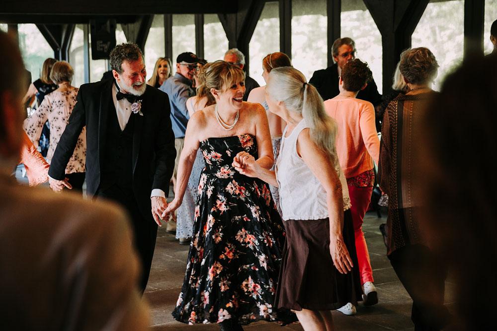 cuyahoga-valley-national-park-wedding-photographers-happy-days-lodge-peninsula-ohio-hudson-ohio-70.jpg