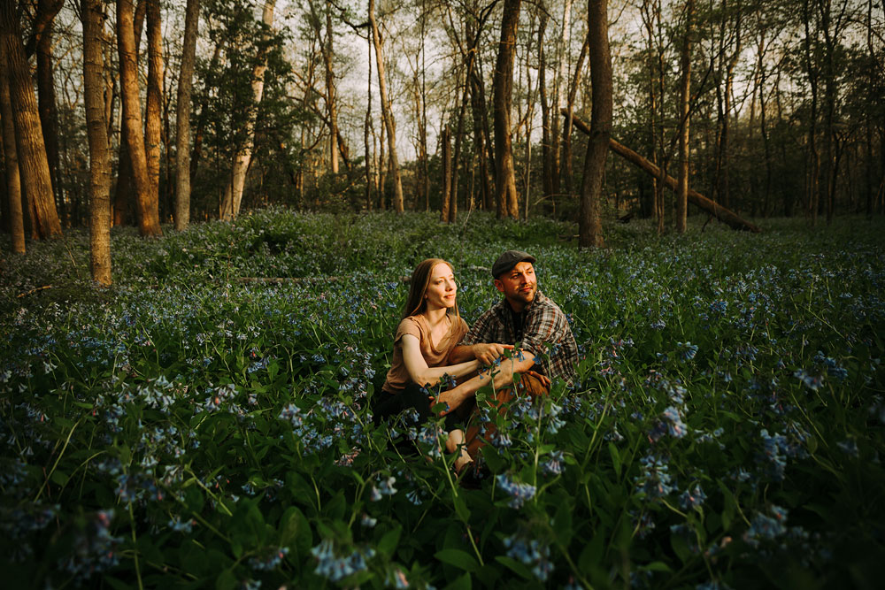 cuyahoga-valley-national-park-engagement-photography-wild-flowers-blue-bells-26.jpg