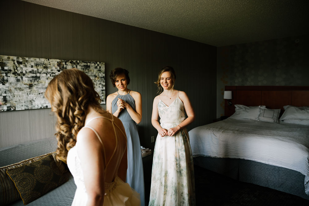 cuyahoga-valley-national-park-happy-days-lodge-cleveland-wedding-photographers-adventure-14.jpg