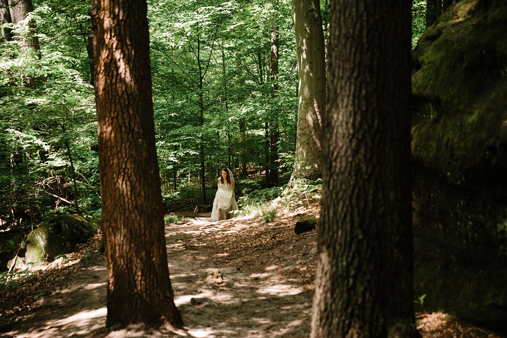 cuyahoga-valley-national-park-happy-days-lodge-cleveland-wedding-photographers-adventure-29.jpg