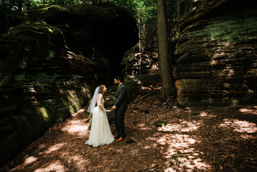 cuyahoga-valley-national-park-happy-days-lodge-cleveland-wedding-photographers-adventure-35.jpg