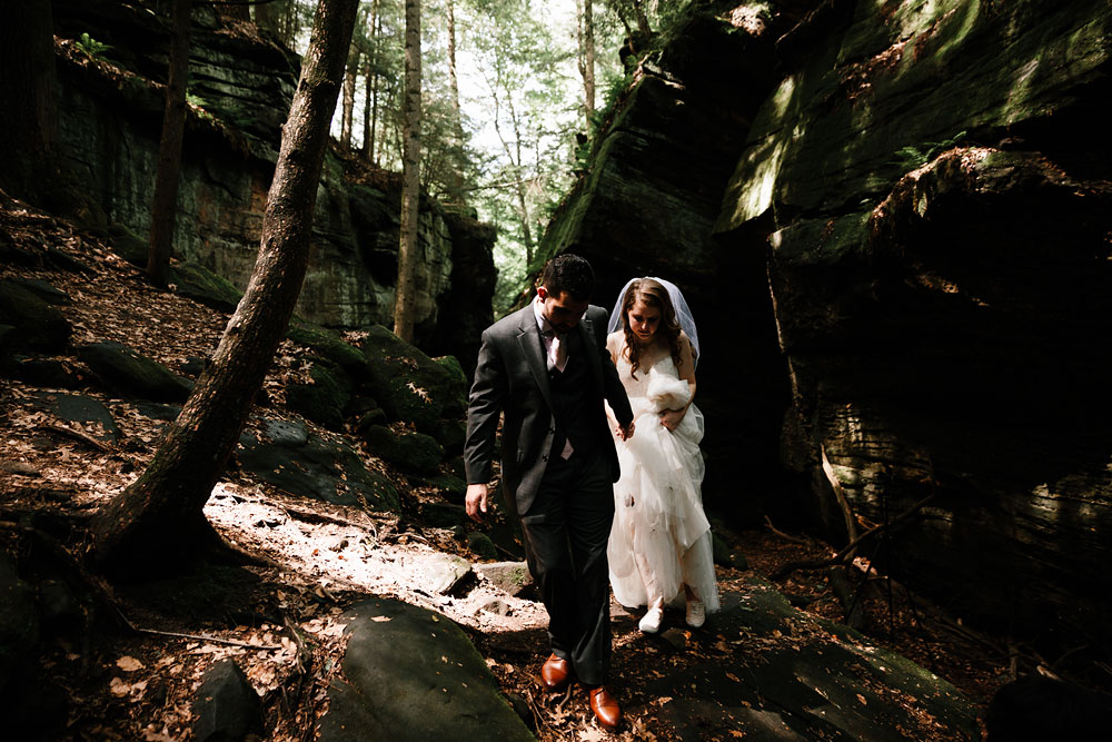cuyahoga-valley-national-park-happy-days-lodge-cleveland-wedding-photographers-adventure-56.jpg