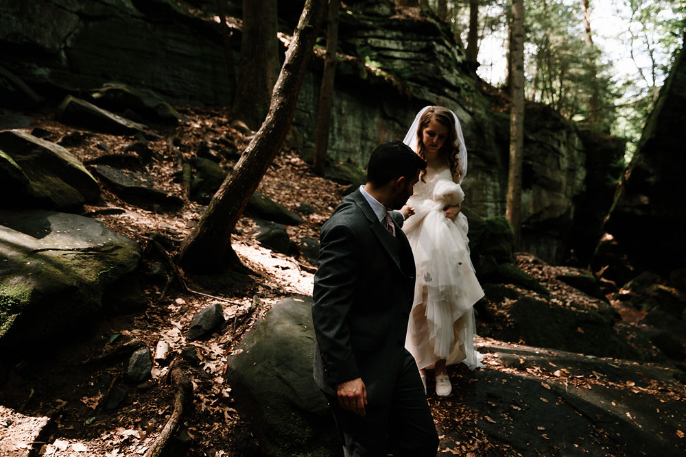 cuyahoga-valley-national-park-happy-days-lodge-cleveland-wedding-photographers-adventure-57.jpg