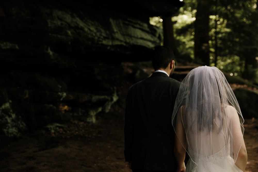 cuyahoga-valley-national-park-happy-days-lodge-cleveland-wedding-photographers-adventure-80.jpg