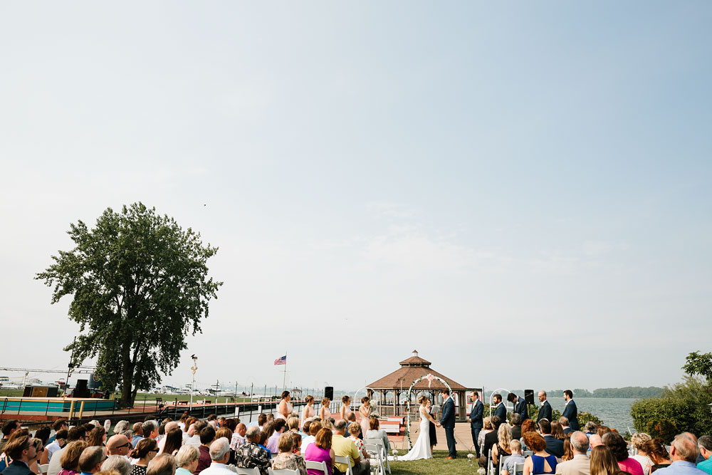 sandusky-ohio-destination-wedding-photographers-lyman-harbor-lake-erie-75.jpg