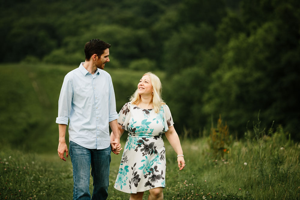 cleveland-wedding-photographers-cuyahoga-valley-national-park-engagement-session-35.jpg