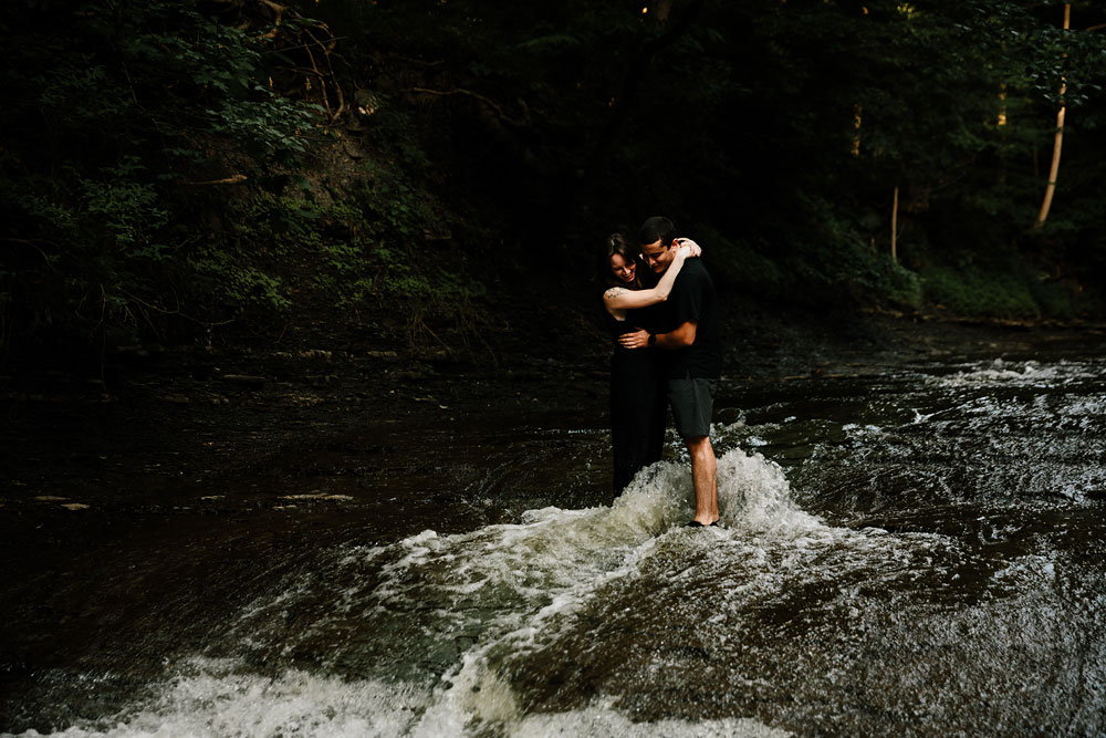 cleveland-wedding-photographers-cuyahoga-valley-national-park-engagement-photography-1.jpg