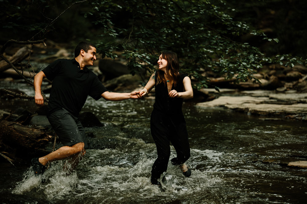 cleveland-wedding-photographers-cuyahoga-valley-national-park-engagement-photography-25.jpg