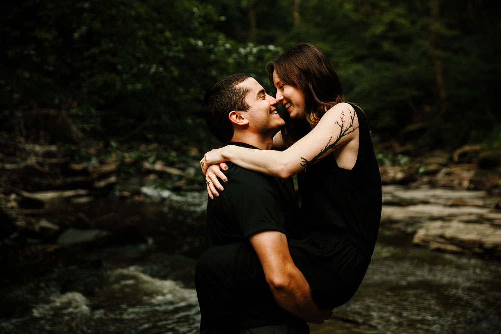 cleveland-wedding-photographers-cuyahoga-valley-national-park-engagement-photography-26.jpg