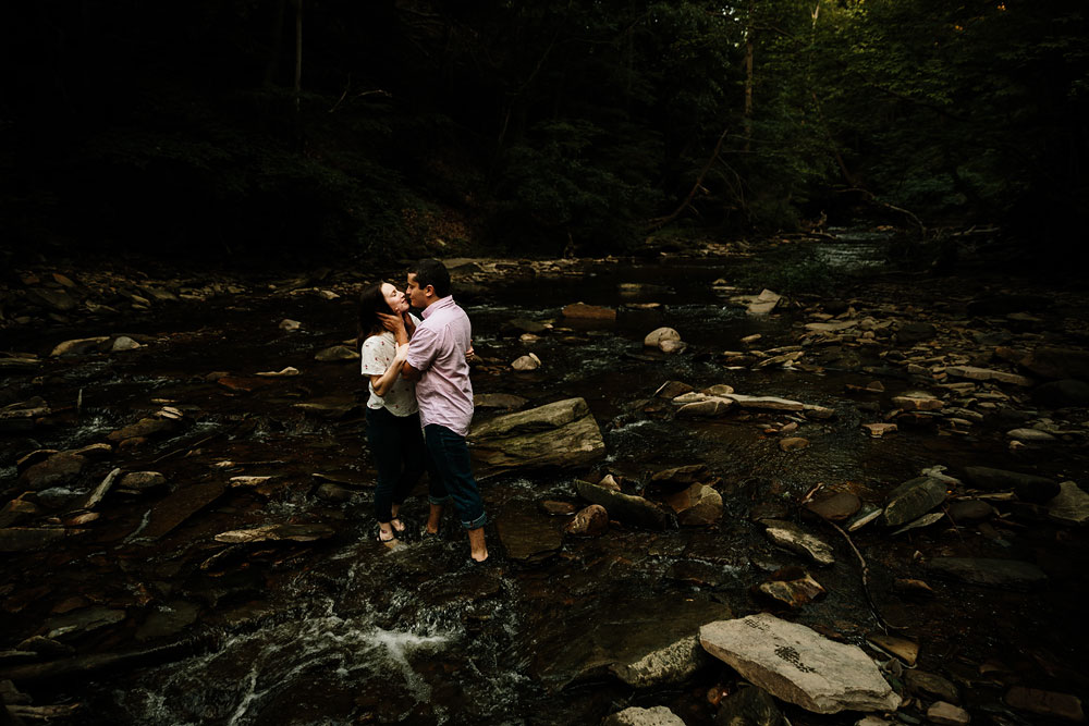 cleveland-wedding-photographers-cuyahoga-valley-national-park-engagement-photography-27.jpg