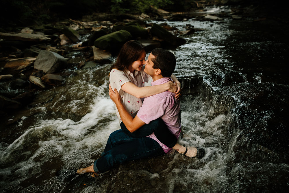 cleveland-wedding-photographers-cuyahoga-valley-national-park-engagement-photography-42.jpg