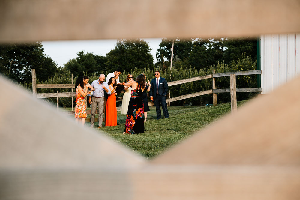hillcrest-orchard-wedding-photography-outdoor-rustic-barn-cleveland-amherst-oberlin-ohio-wedding-photographers-172.jpg