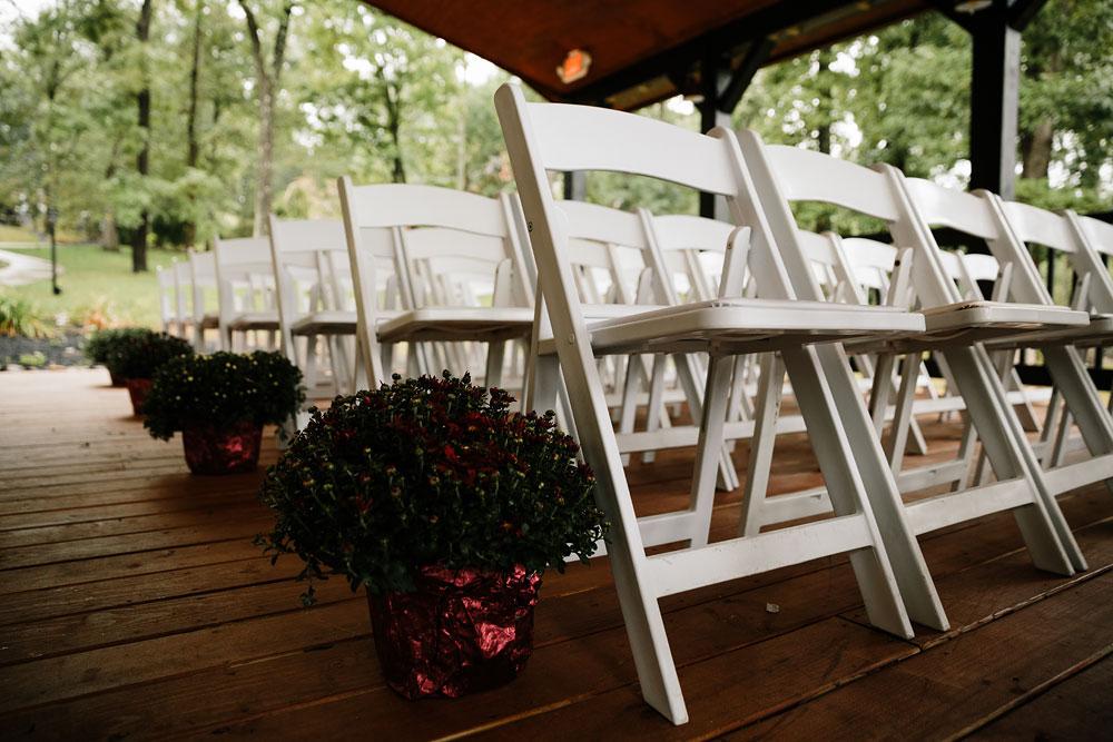 cleveland-wedding-photographers-landolls-mohican-castle-beautiful-outdoor-wedding-rain-rainy-photography-6.jpg