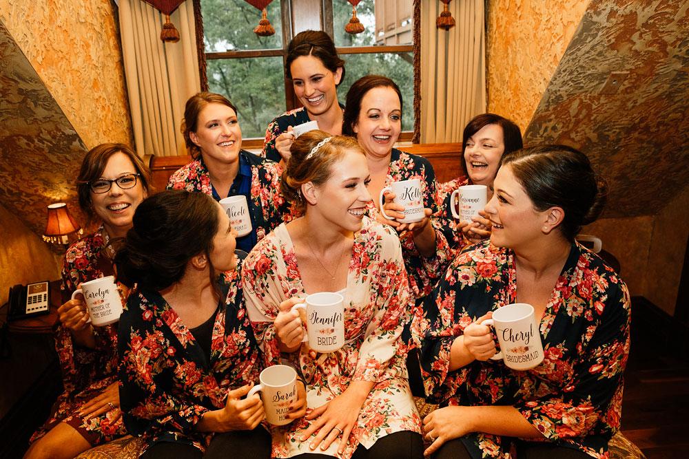 cleveland-wedding-photographers-landolls-mohican-castle-beautiful-outdoor-wedding-rain-rainy-photography-22.jpg