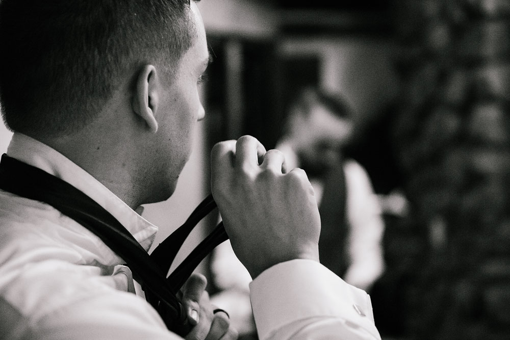 cleveland-wedding-photographers-landolls-mohican-castle-beautiful-outdoor-wedding-rain-rainy-photography-41.jpg