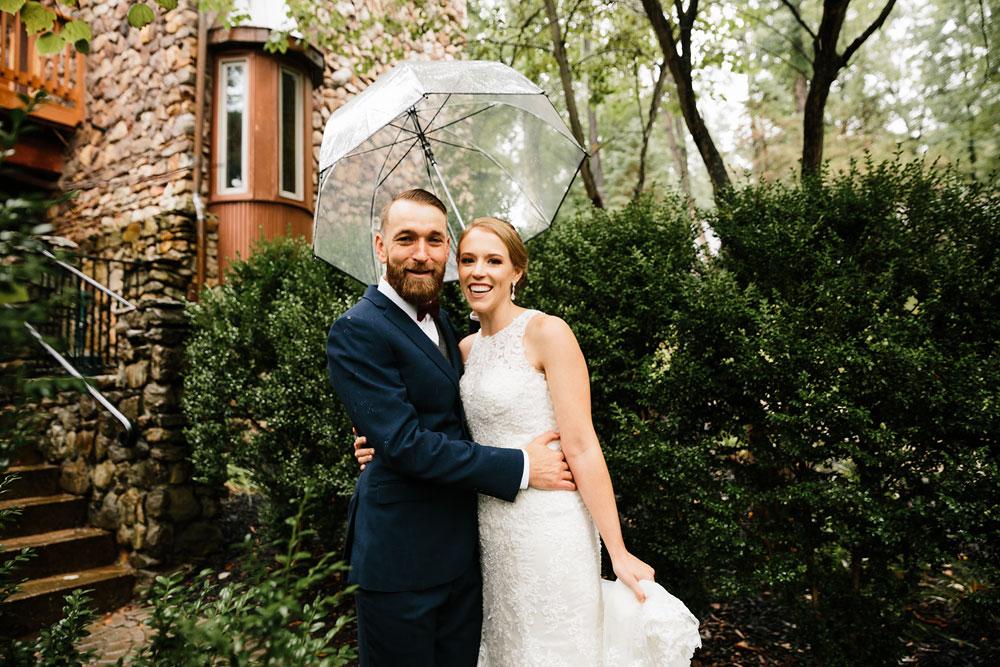 cleveland-wedding-photographers-landolls-mohican-castle-beautiful-outdoor-wedding-rain-rainy-photography-62.jpg