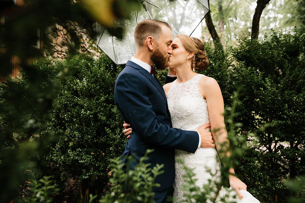 cleveland-wedding-photographers-landolls-mohican-castle-beautiful-outdoor-wedding-rain-rainy-photography-64.jpg