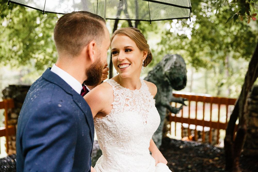 cleveland-wedding-photographers-landolls-mohican-castle-beautiful-outdoor-wedding-rain-rainy-photography-65.jpg
