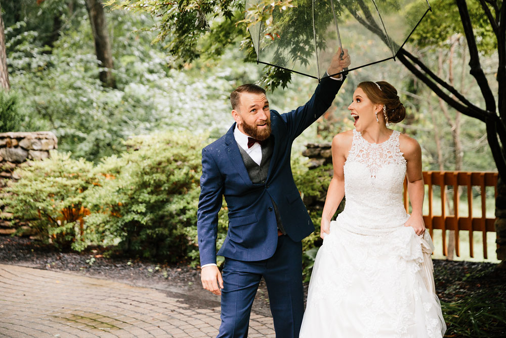 cleveland-wedding-photographers-landolls-mohican-castle-beautiful-outdoor-wedding-rain-rainy-photography-66.jpg
