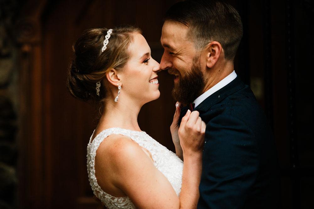 cleveland-wedding-photographers-landolls-mohican-castle-beautiful-outdoor-wedding-rain-rainy-photography-74.jpg