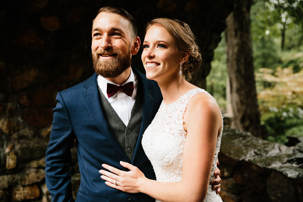cleveland-wedding-photographers-landolls-mohican-castle-beautiful-outdoor-wedding-rain-rainy-photography-78.jpg
