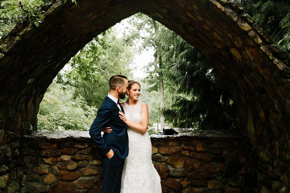 cleveland-wedding-photographers-landolls-mohican-castle-beautiful-outdoor-wedding-rain-rainy-photography-79.jpg