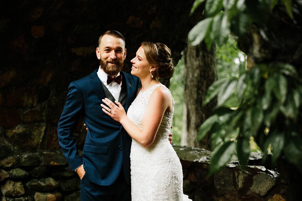 cleveland-wedding-photographers-landolls-mohican-castle-beautiful-outdoor-wedding-rain-rainy-photography-81.jpg