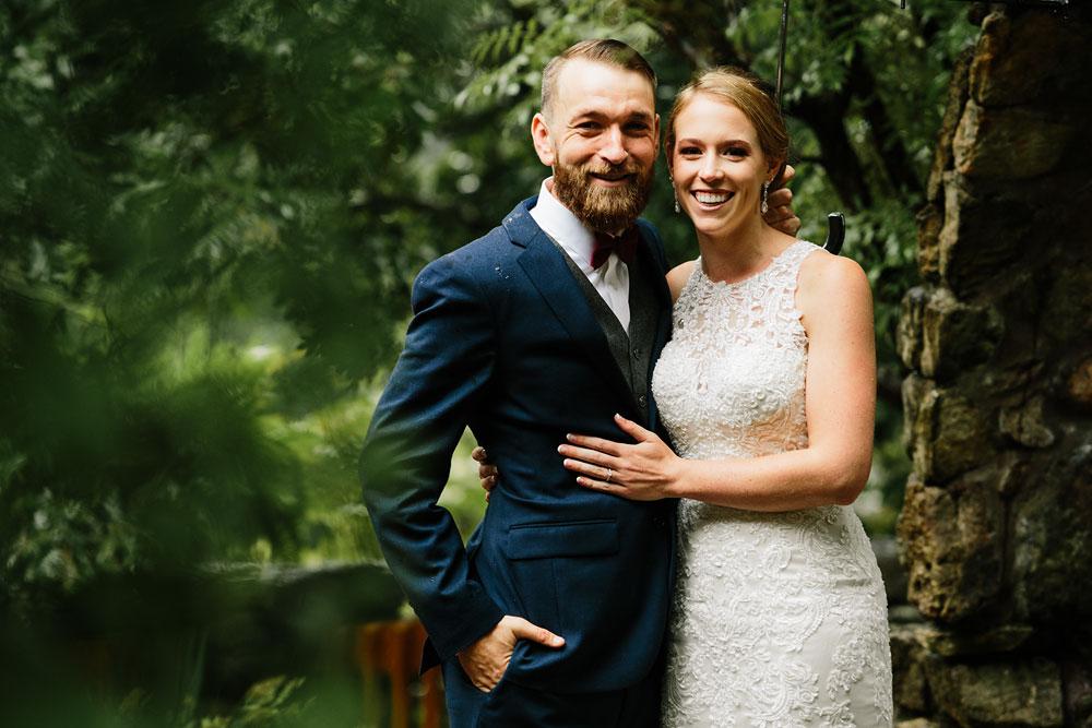 cleveland-wedding-photographers-landolls-mohican-castle-beautiful-outdoor-wedding-rain-rainy-photography-83.jpg