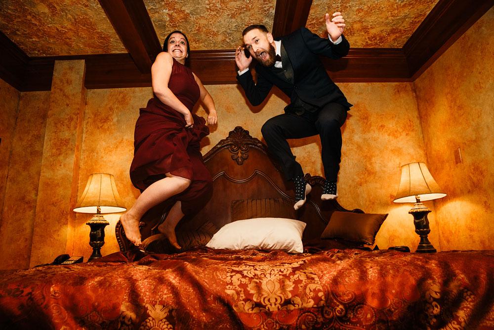 cleveland-wedding-photographers-landolls-mohican-castle-beautiful-outdoor-wedding-rain-rainy-photography-119.jpg