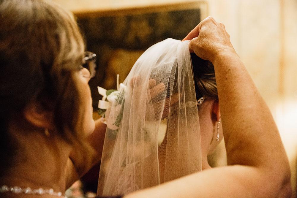 cleveland-wedding-photographers-landolls-mohican-castle-beautiful-outdoor-wedding-rain-rainy-photography-125.jpg