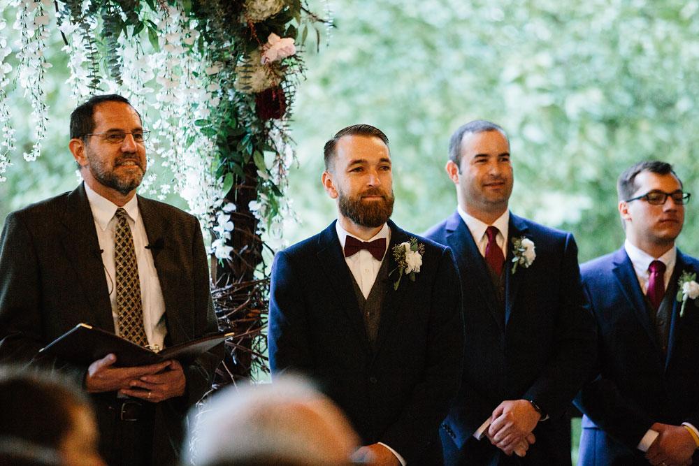 cleveland-wedding-photographers-landolls-mohican-castle-beautiful-outdoor-wedding-rain-rainy-photography-130.jpg