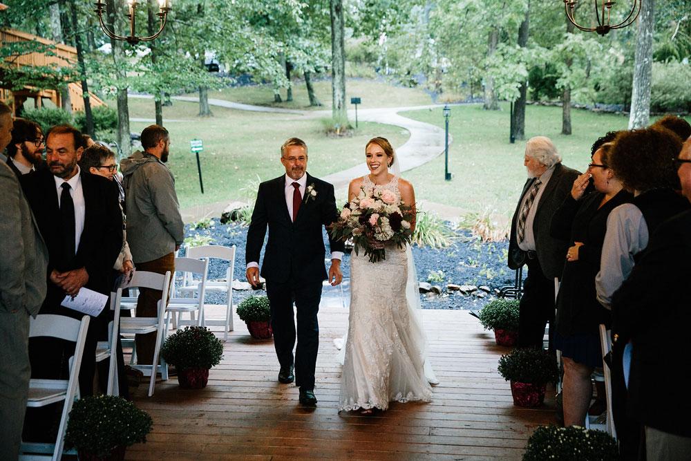 cleveland-wedding-photographers-landolls-mohican-castle-beautiful-outdoor-wedding-rain-rainy-photography-134.jpg