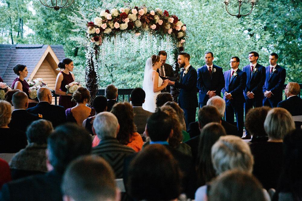 cleveland-wedding-photographers-landolls-mohican-castle-beautiful-outdoor-wedding-rain-rainy-photography-144.jpg