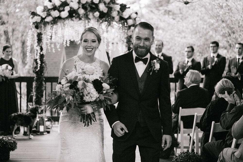 cleveland-wedding-photographers-landolls-mohican-castle-beautiful-outdoor-wedding-rain-rainy-photography-148.jpg